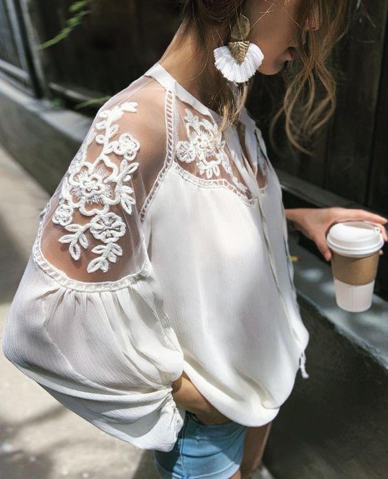 Модный верх: блузки, которые делают образ эффектным