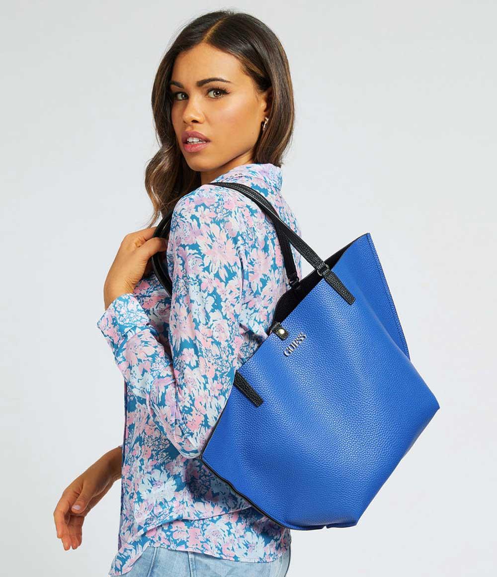 Шоппер – практичная и стильная модель сумки на каждый день